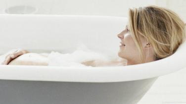 Hamilelikte Banyo Yaparken Nelere Dikkat Etmeli