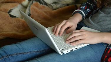 İnternetten Ek Gelir Elde Etmenin 5 Yolu