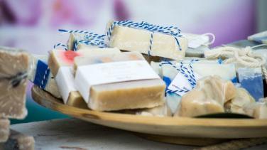 Evde Sabun Paketleme İşi